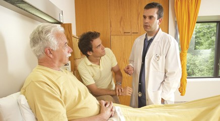 Including palliative care at diagnosis is beneficial for patients with advanced cancer