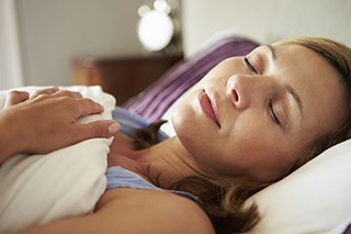 Better sleep linked to longer survival in advanced breast cancer
