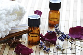 Aromatherapy reduces anxiety during breast biopsy