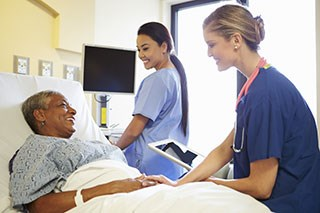Nursing staff satisfaction improved in transition of care for patients from the inpatient to the outpatient blood and marrow transplant units.