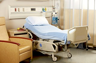 Review examines strategies for hospital room surface cleanliness