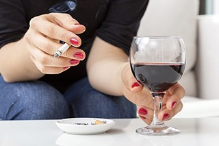 Alcohol and Tobacco Combination Increases Esophageal Cancer Risk