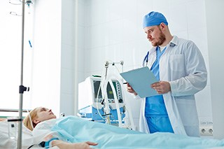 Clinician Communication, Adherence to Protocols, and Presence of Pharmacists Improve Outcomes in ICUs