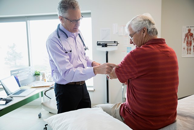 Sarcopenia can lead to reduced overall survival in patients with mCRC.