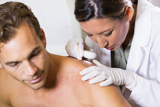 Adherence to Skin Cancer Screening Guidelines Beneficial in Management SCC in SOTRs