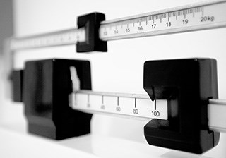 Weight gain in patients undergoing cancer treatment