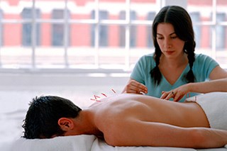 Alternative and complementary medicine, such as acupuncture, may assist in the management of cancer-related fatigue.