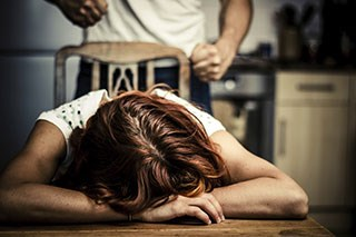 Cancer and intimate partner violence: Could you tell if one of your patients is a victim?