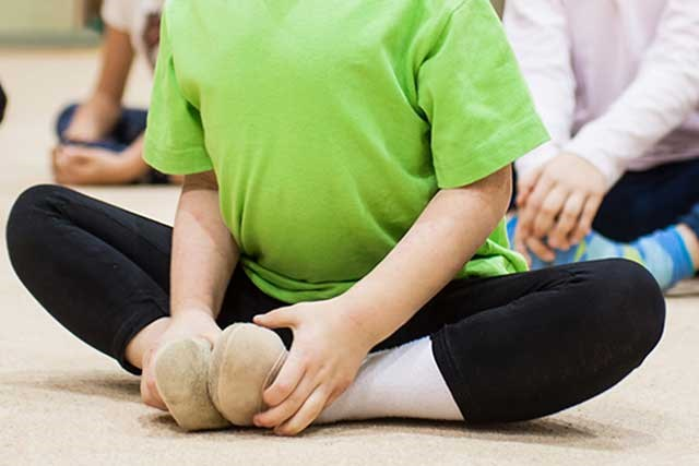 Dance/movement therapy can help children cope with their cancer experience.