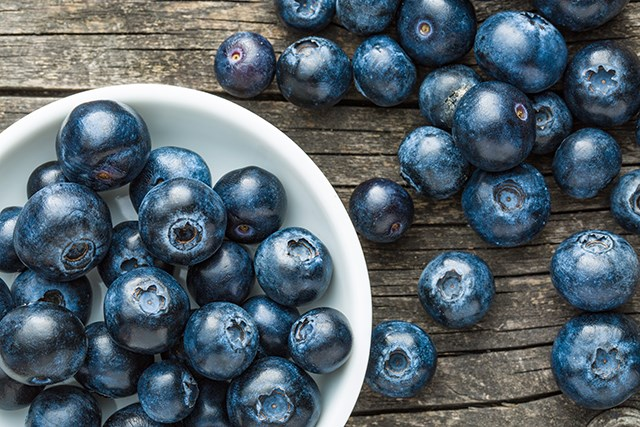 Blueberry Extract May Boost Efficacy of Radiotherapy for Cervical Cancer