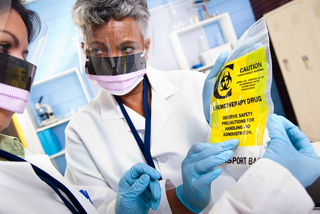General Chapter <800> standards apply to all healthcare personnel who prepare, administer, or otherwise come in contact with hazardous agents.