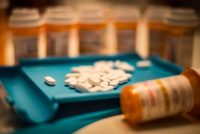 Compared to patients with LCCA, patients with HNCA had higher odds of being prescribed an opioid, researchers found.