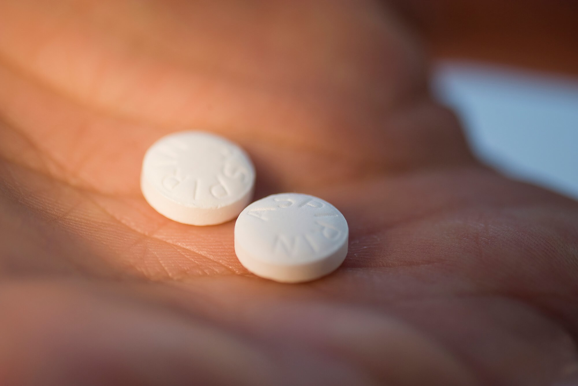 Low-Dose Aspirin May Lower Ovarian Cancer Risk
